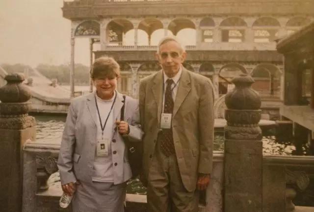 Nash 夫妇到中国旅游